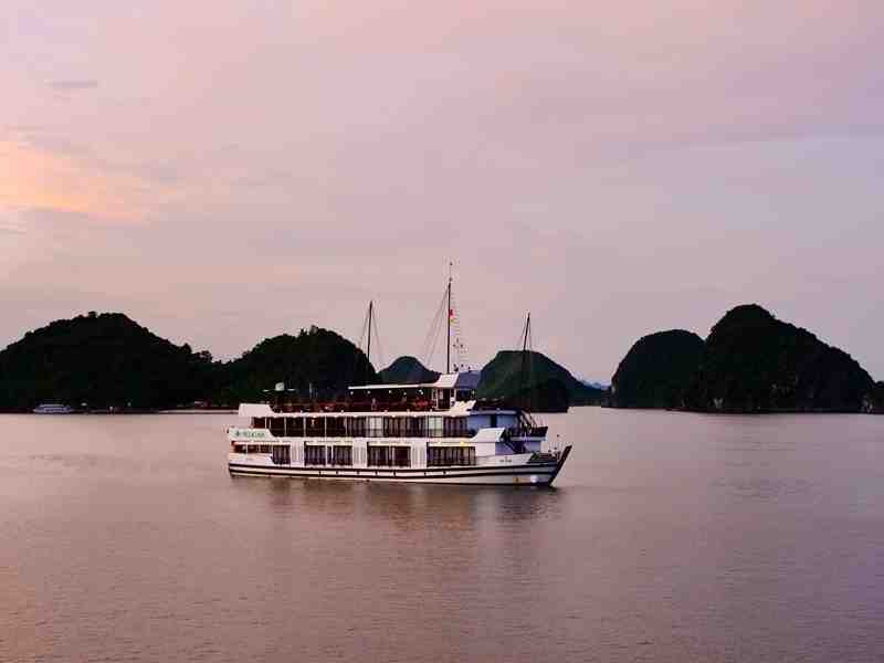 Ha Noi - Ha Long - Cat Ba