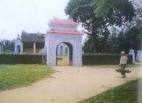 Bat Trang communal house