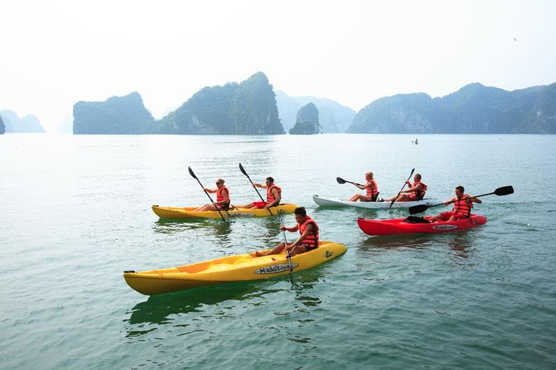 Ha Long Sea Kayak Adventure